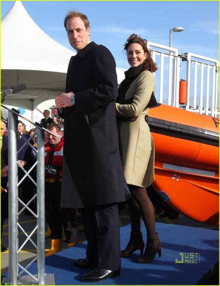Prince William Kate Middleton Lifeboat And Prince William