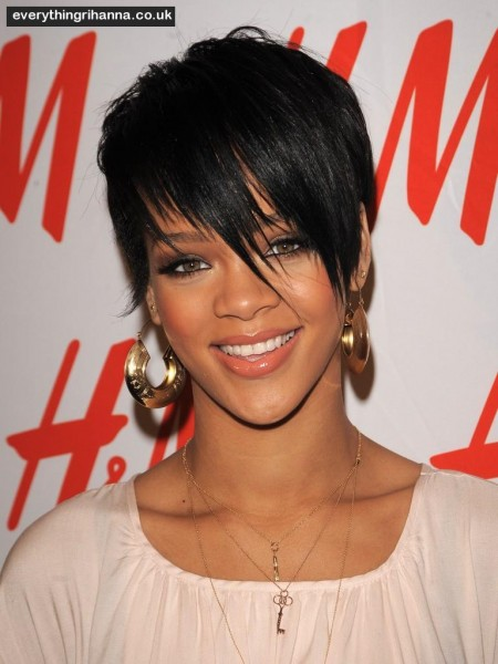 Rihanna Cute Hairstyles Photos