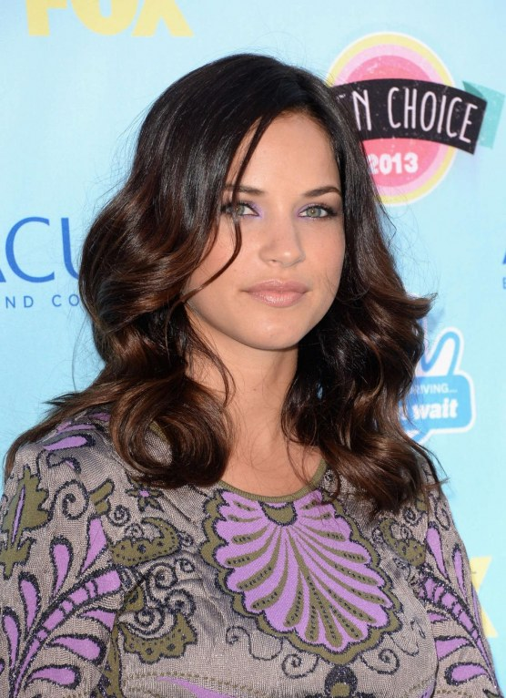 Alexis Knapp At Teen Choice Awards