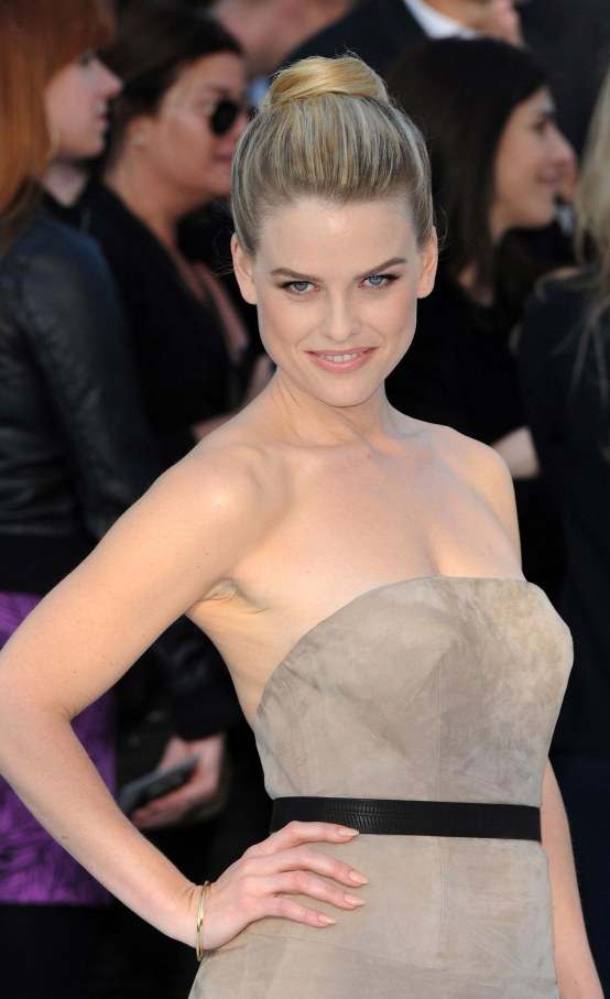 Alice Eve At Star Trek Into Darkness Premiere In London Star Trek
