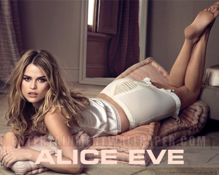 Alice Eve Entourage