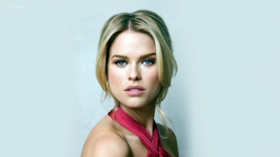 Alice Eve Eyes