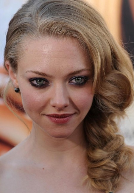 Amanda Seyfried Curly Hairstyles