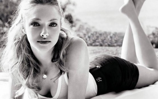 Amanda Seyfried Wallpaper Hot