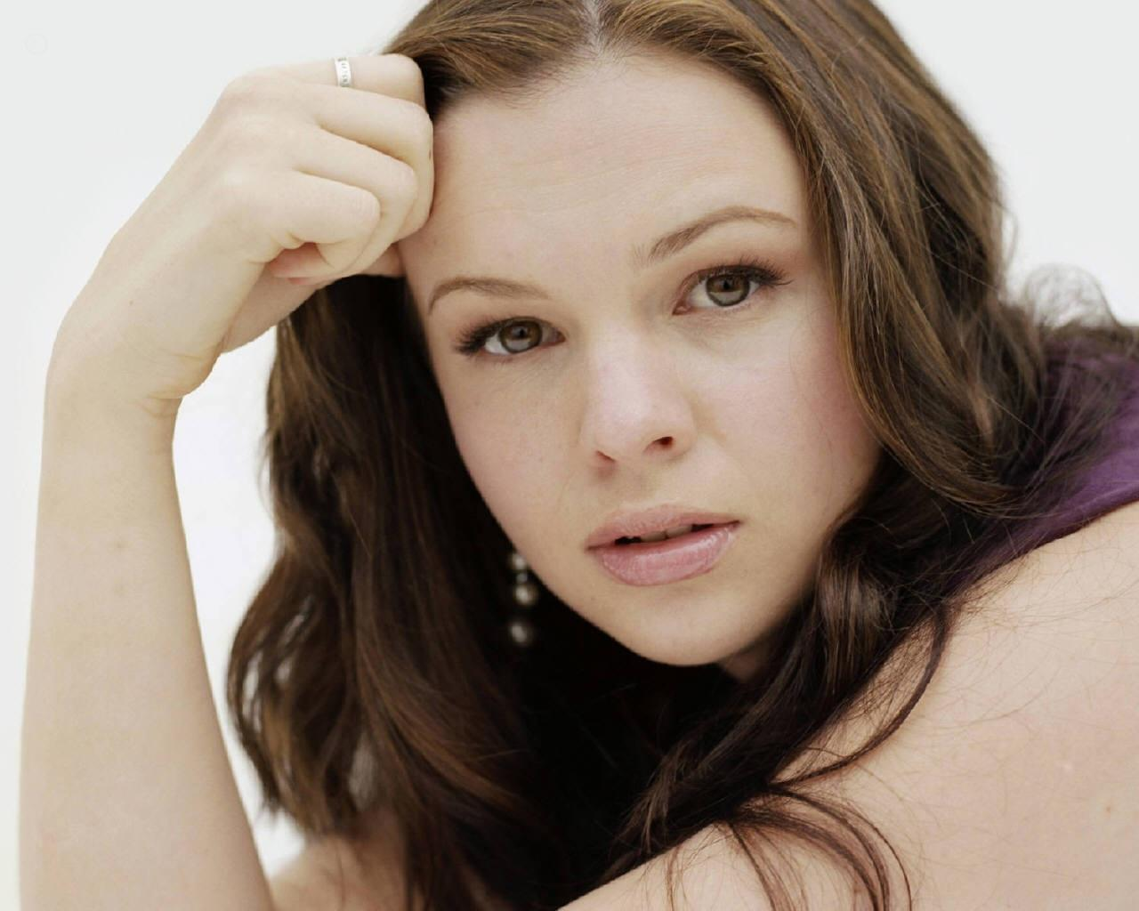 The 27 Hottest Amber Tamblyn Photos - Ranker