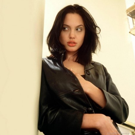Young Angelina Jolie Young