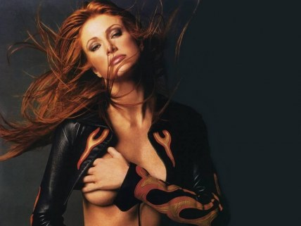 Angie Everhart Fashion