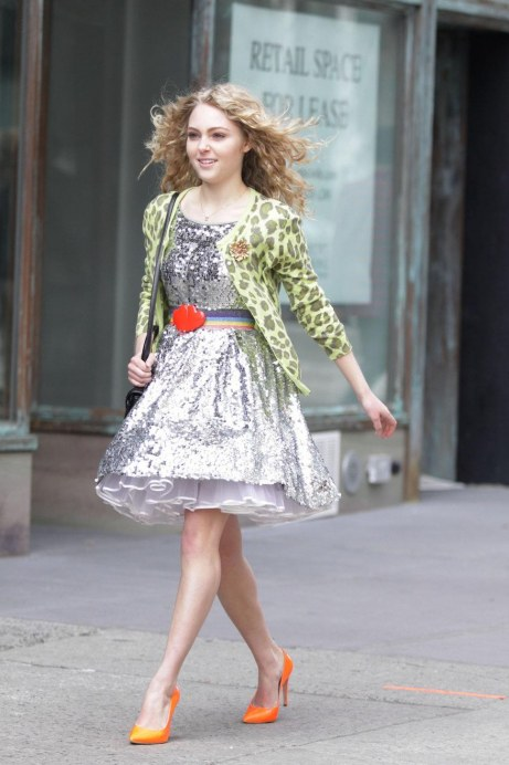 Annasophia Robb On The Set Of Carrie Diaries