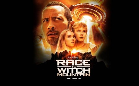 Un Wallpaper Del Film Corsa Witch Mountain Con Dwayne Johnson Annasophia Robb Alexander Ludwig And Alexander Ludwig