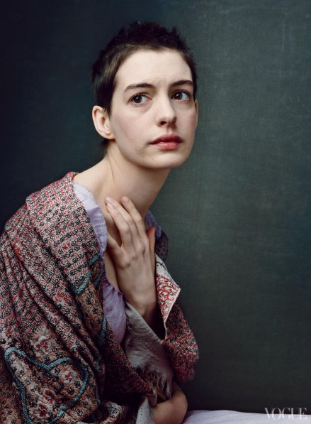 Anne Hathaway Les Miserables Photo Body