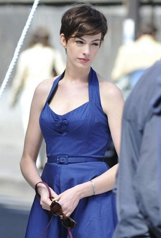 Anne Hathaway New Movies Fcb Movies