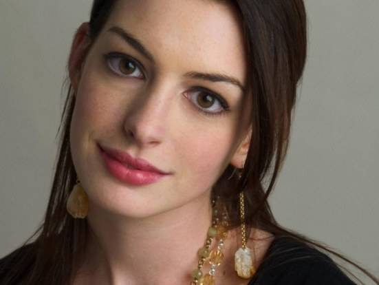 Anne Hathaway Taxi