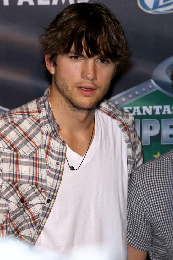 Ashton Kutcher Charlie Sheen Hot