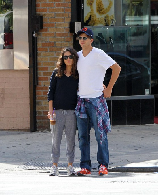 Mila Kunis And Ashton Kutcher Out Nad About In New York And Mila Kunis