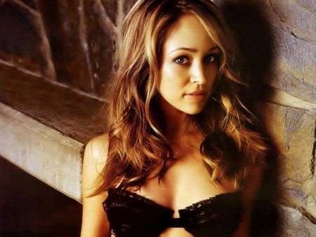 Autumn Reeser Glamour Normal
