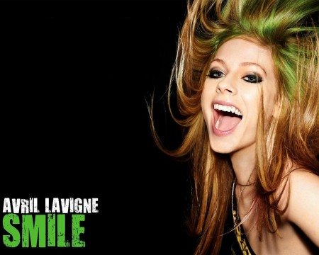 Avril Lavigne Laughing Live