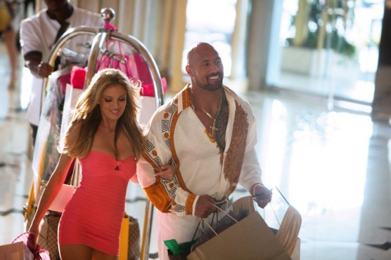 Pain And Gain Dwayne Johnson Bar Paly