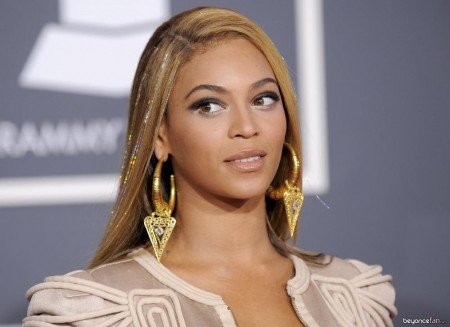 Beyonce Nd Grammy Awards Red Carpet Hq Photos Awards