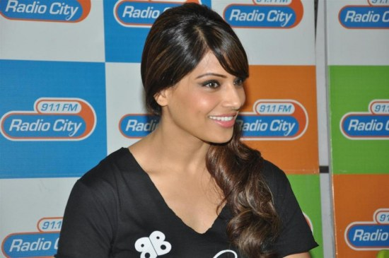 Bfzt Jd Nrs Ad Bipasha Basu At The Meet And Greet Session For Her Fitness Dvd Break Free At Radio City Fm Studios In Mumbai  Fitness