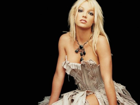 Sexy Britney Spears Long Blonde Hairstyles