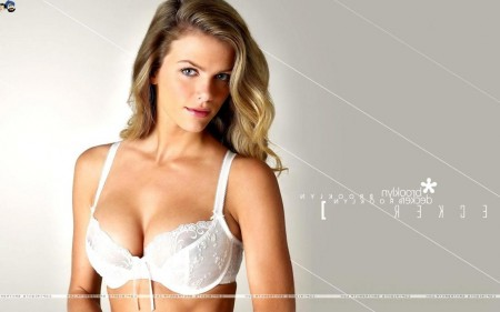 Brooklyn Decker Image Pic