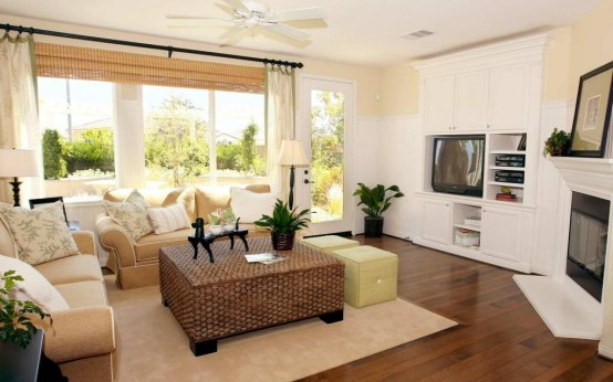 Classic Small Living Room With Elegant Furniture Celebrity Living Rooms