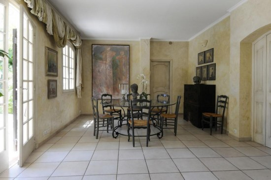 Formal Dining French Country Interiors Busts And Art Interior