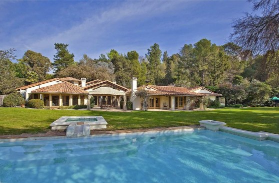 Tv Host Merv Griffins Previously Owned Bel Air Home Britney Spears House