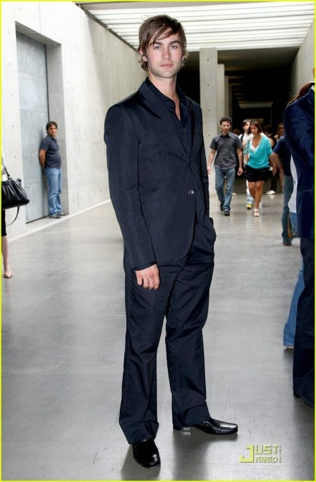 Chace Crawford Hits Milan Menswear Fashion Week Gossip Girl Fashion