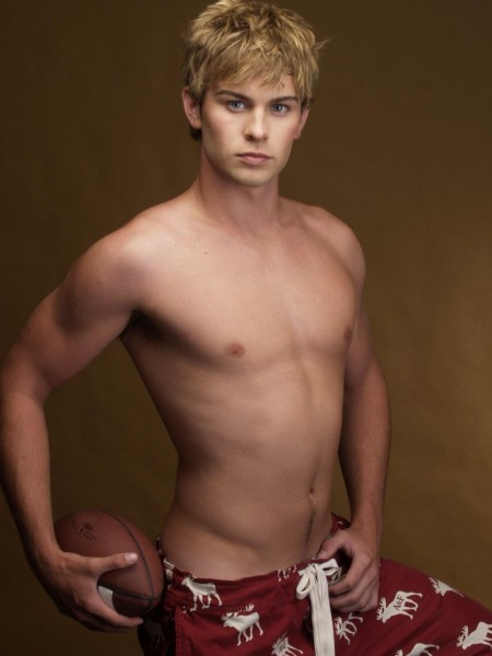 Chace Crawford Shirtless Shirt Off