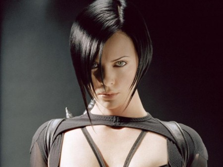 Charlize Theron In The Movie Aeon Flux Wallpaper For Ipad Ipad Wallpaper Aeon Flux