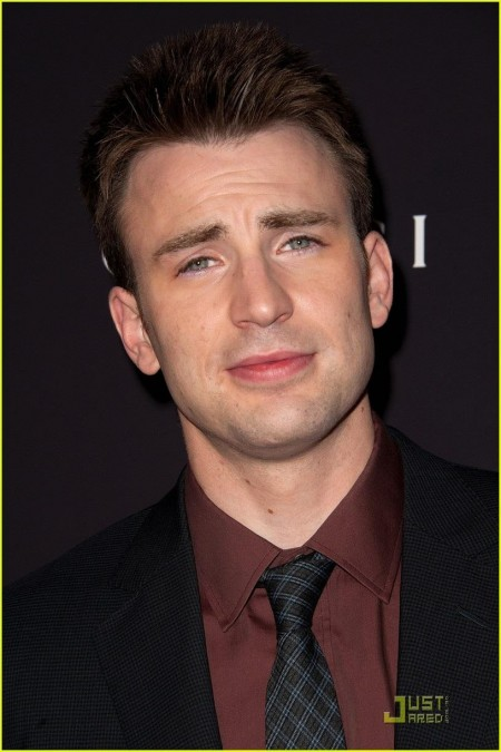 Chris Evans Premieres Puncture In Nyc Chris Evans