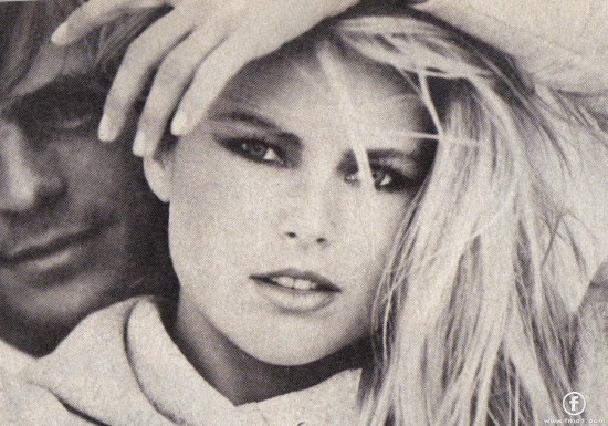 Christie Brinkley Fullsize