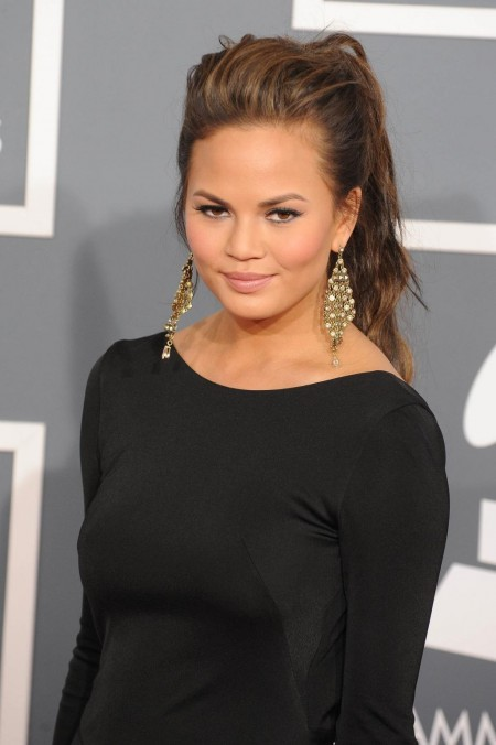 Christine Teigen Th Grammy Arrivals Vettri Net