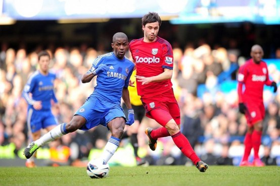 West Bromwich Albion Claudio Yacob Right And Chelsea Nascimento Ramires Left Battle For The Ball