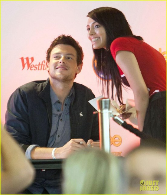 Cory Monteith Glee Dvd Signing Cory Monteith