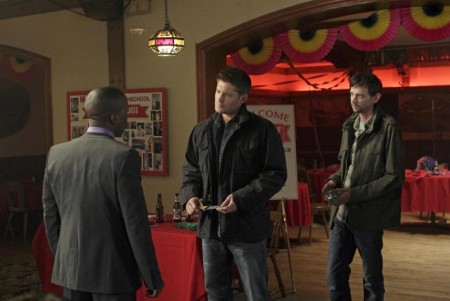 Picture Of Jensen Ackles And Dj Qualls In Supernatural Large Picture