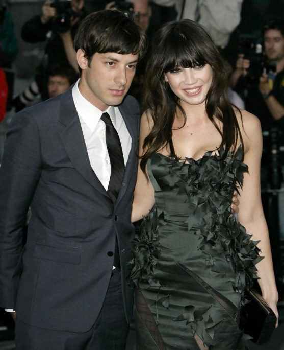 Mark Ronson Daisy Lowe Gq Men Year Awards Mhlf Tvvce Gq