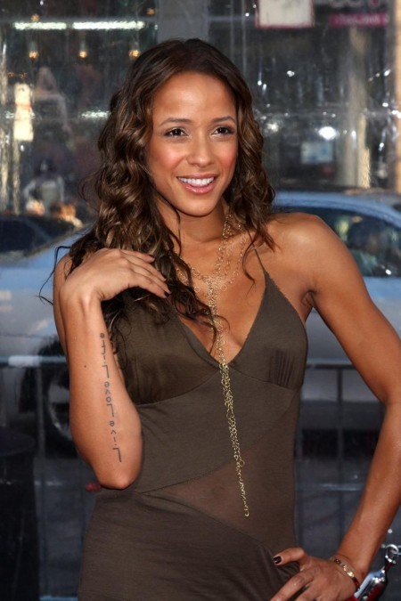 Dania Ramirez The Losers Premiere At Graumans Chinese Theater In Hollywood Maxim