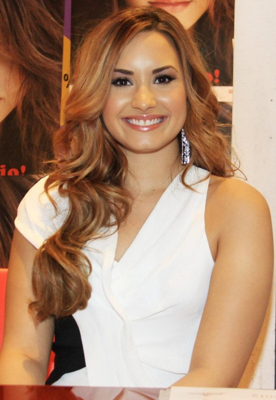 Demi Lovato White Dress Longw Barbie