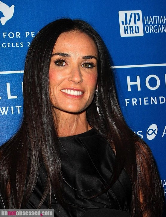 Demi Moore Embarrassed Over Breakdown
