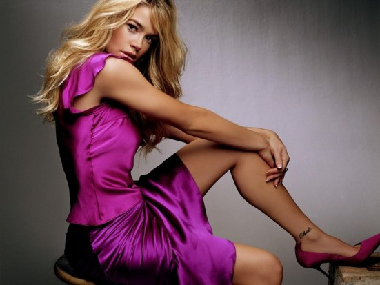 Girls Denise Richards Wallpaper