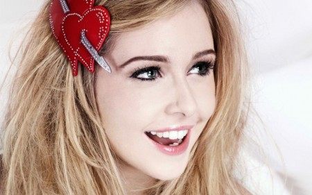 Diana Vickers Wide
