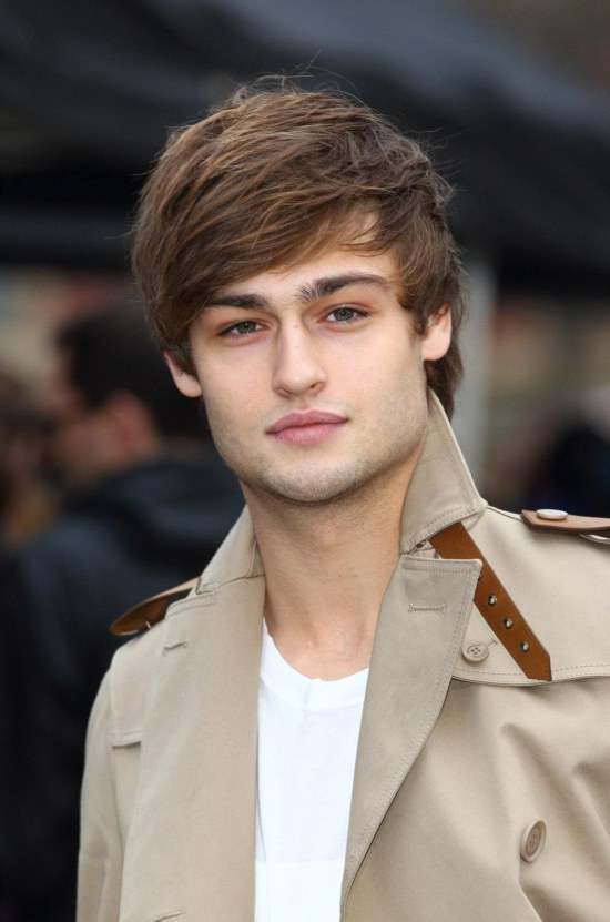 Douglas Booth Picture Photo