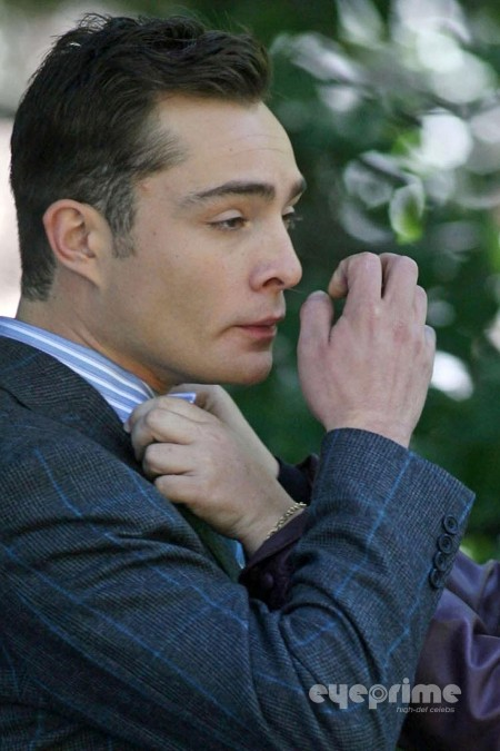 Ed Westwick On The Set Of Gossip Girl In Ny Sep Ed Westwick Gossip Girl