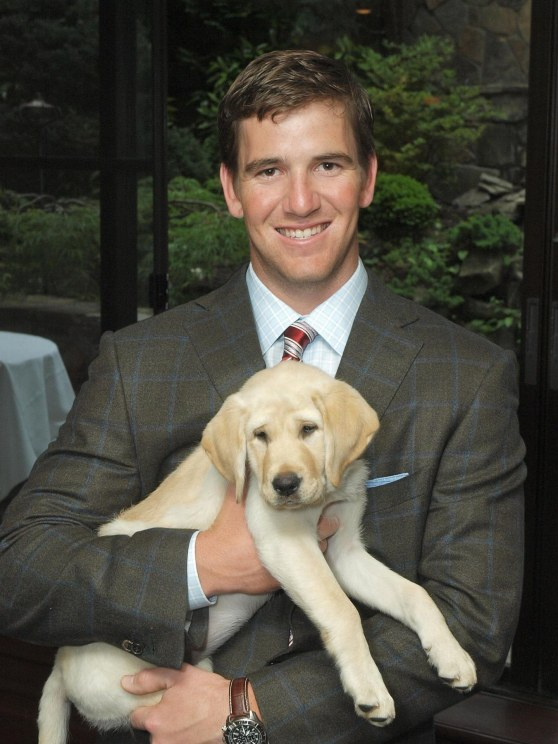 Eli Manning And Ge Puppy