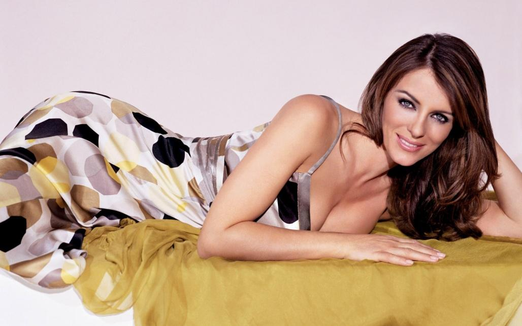 Elizabeth Hurley Hot Wallpapers Hot