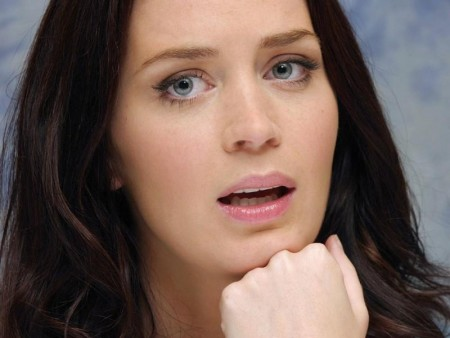 Emily Blunt Pictures Hd