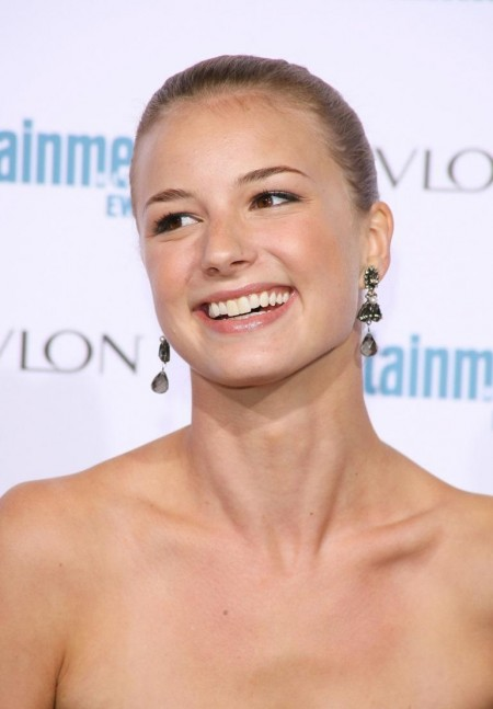Emily At Ew Pre Emmy Party Emily Vancamp