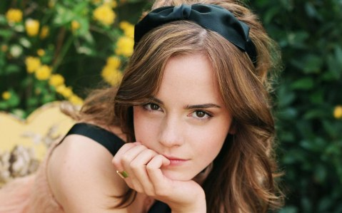 Download Emma Watson Wallpapers